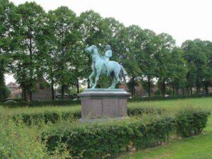 Vilhelm Bissen: Yngling til hest
