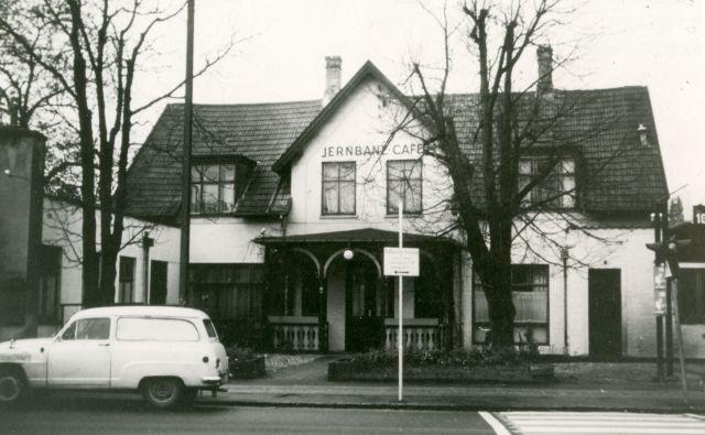 Jernbanse Café