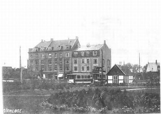 Ældre Ejendomme Ved Hjørnet Af Jydeholmen