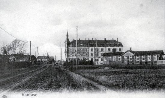 Vandløsehus Og Vanløse Station